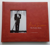 Книжное издание: FRANK SINATRA: THE FAMILY ALBUM. [Hardcover]. Used, NM condition.